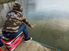 冬季大棚钓鲫鱼线组太重要拉拉湖你用了吗?