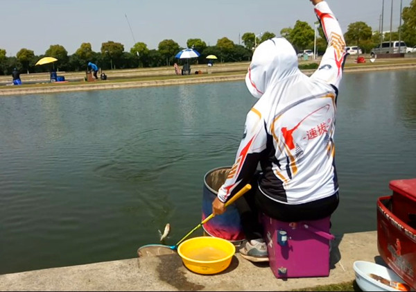 冬季钓鱼要注意选择